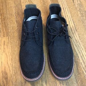Toms Chukka Boots Black New